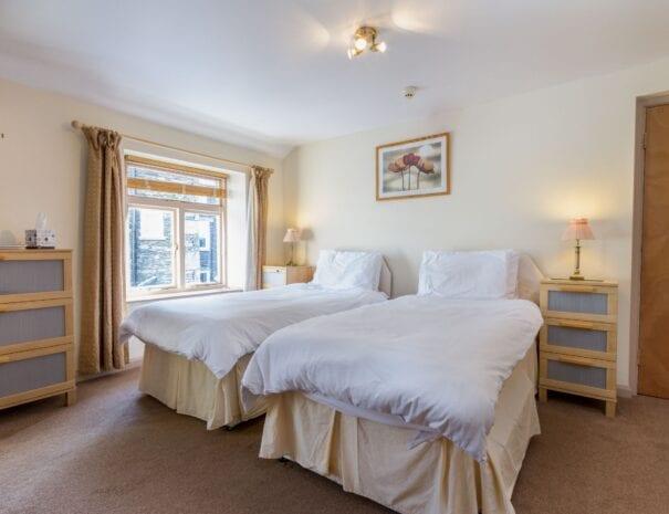 elim-guest-house-windermere-room-10-double-en-suite (3)